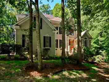 25 Willow Road in Asheville, North Carolina 28804 - MLS# 3206886