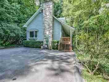 60 Sherman Way in Waynesville, NC 28786 - MLS# 3209822