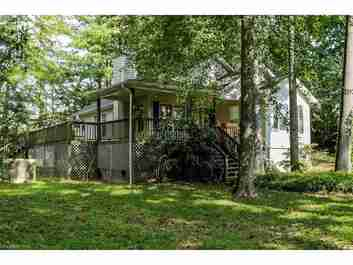 15 Wexford Drive #5 in Hendersonville, North Carolina 28791 - MLS# 3215665