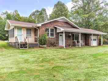 29 Laurel Ridge Drive in Mills River, North Carolina 28759 - MLS# 3217950