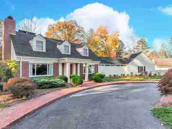 32 Pine Tree Circle in Asheville, North Carolina 28804 - MLS# 3227886