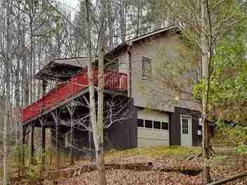 57 Benfield Road in Weaverville, North Carolina 28787 - MLS# 3253084