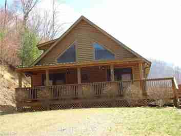 36 Hog Hollow Trail in Mars Hill, North Carolina 28754 - MLS# 3262899
