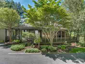8 Wild Ivy Run in Hendersonville, NC 28739 - MLS# 3275990