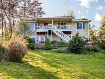 18 Pine Tops Drive in Asheville, North Carolina 28804 - MLS# 3277874