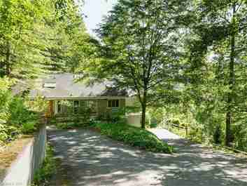 11 Ruffed Grouse Drive in Weaverville, North Carolina 28787 - MLS# 3289607