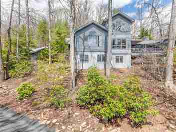 369 E Sondley Drive in Asheville, North Carolina 28805 - MLS# 3301539