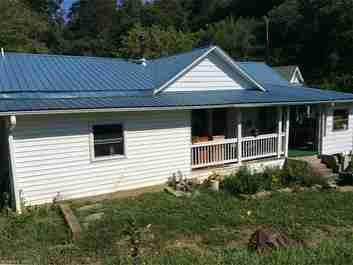 173 P Davis Road in Marshall, NC 28753 - MLS# 3303326