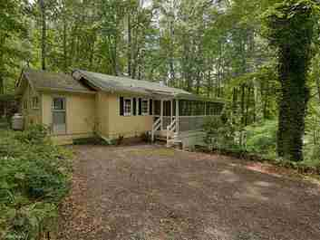 173 Lister Lane in Maggie Valley, NC 28751 - MLS# 3303642