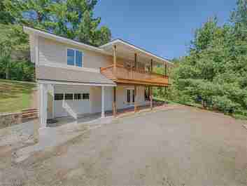 726 Red Maple Drive in Waynesville, NC 28785 - MLS# 3323005