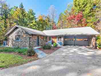 401 Vanderbilt Road in Biltmore Forest, NC 28803 - MLS# 3333959