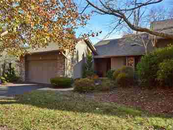 34 Ridgeview Drive #1, Bldg P in Asheville, NC 28804 - MLS# 3341155