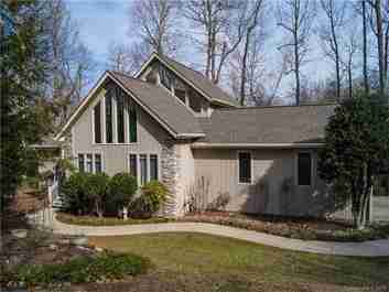 48 Kindling Trail in Horse Shoe, NC 28742 - MLS# 3352664