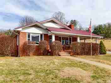 161 Hunter Street in Burnsville, NC 28714 - MLS# 3354688