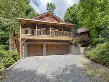 429 Jonathan Trail in Maggie Valley, NC 28751 - MLS# 3364299