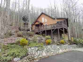 174 Cottontail Trail in Maggie Valley, North Carolina 28751 - MLS# 3373615