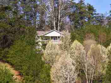 30 Foxwood Drive in Asheville, NC 28804 - MLS# 3373643