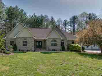 516 Middleton Road in Hendersonville, North Carolina 28739 - MLS# 3382970