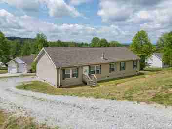 51 Long View Vista Lane in Hendersonville, NC 28792 - MLS# 3391945