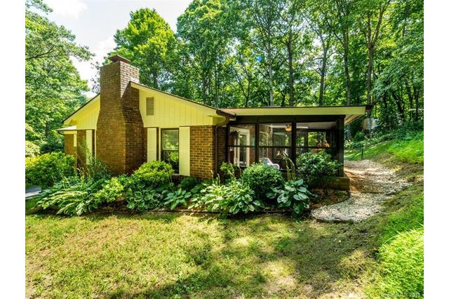 Image 5 for 418 Deerhaven Lane in Hendersonville, North Carolina 28791