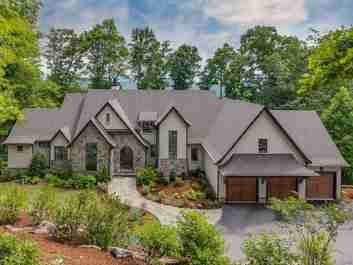 506 High Cliffs Road in Hendersonville, NC 28739 - MLS# 3397380