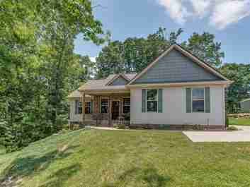 150 Beck Creek Circle in Flat Rock, North Carolina 28731 - MLS# 3403020