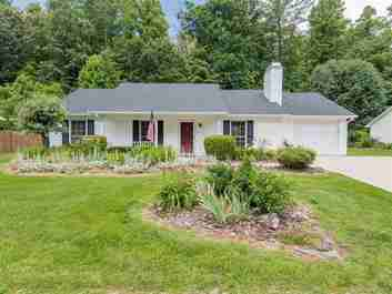 16 Southchase Drive in Fletcher, NC 28732 - MLS# 3406899