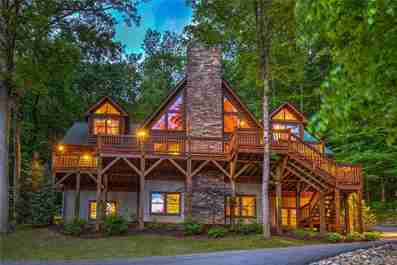 32 Quail Point Drive #150 in Weaverville, North Carolina 28787 - MLS# 3410073