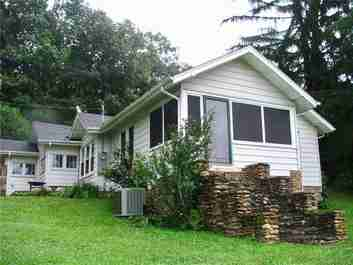 441 Main Street in Clyde, NC 28721 - MLS# 3414939