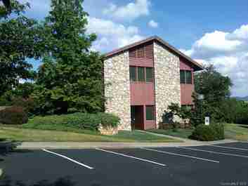 230 Hilliard Avenue #Suite 2 in Asheville, North Carolina 28801 - MLS# 3415685