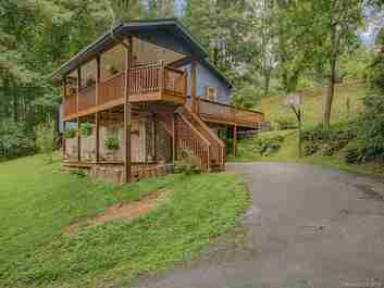 294 Fairway Hills Drive in Waynesville, North Carolina 28786 - MLS# 3416973