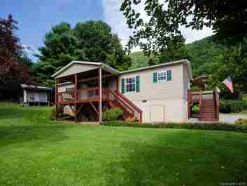 101 Highview Drive in Maggie Valley, NC 28751 - MLS# 3422888