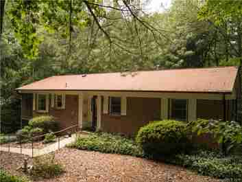 222 Park Lane in Hendersonville, NC 28792 - MLS# 3425289