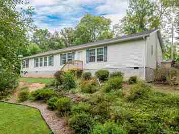 10 Hawks Cove Road in Arden, NC 28704 - MLS# 3436381