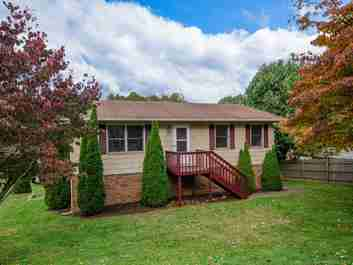 144 Pebblebrook Street in Clyde, NC 28721 - MLS# 3449265