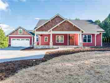 400 Sabine Drive in Hendersonville, North Carolina 28739 - MLS# 3449306
