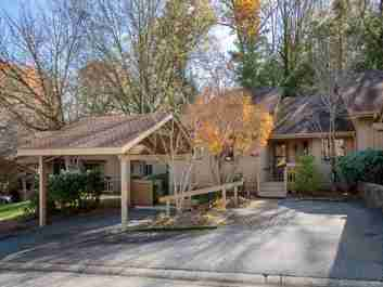 902 Red Oak Drive in Hendersonville, North Carolina 28791 - MLS# 3454232
