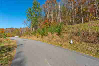 25 Franklin Trace Drive #18 in Asheville, North Carolina 28801 - MLS# 3455305