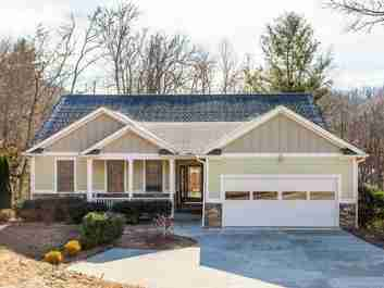 92 Clays Cove in Hendersonville, North Carolina 28739 - MLS# 3457896