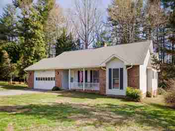 16 Clarion Drive in Etowah, North Carolina 28729 - MLS# 3462210