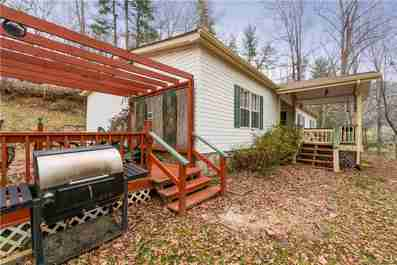 33 Chestnut Hill Drive in Clyde, NC 28721 - MLS# 3466611