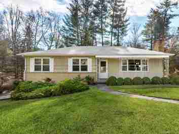 5 Deanwood Circle in Asheville, NC 28803 - MLS# 3471380