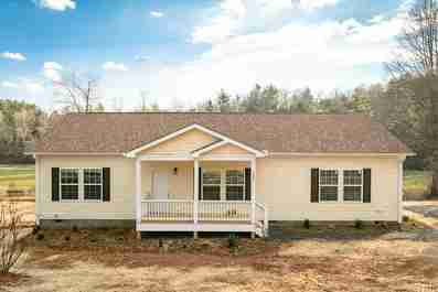1390 Stanwood Lane in Hendersonville, North Carolina 28792 - MLS# 3473275