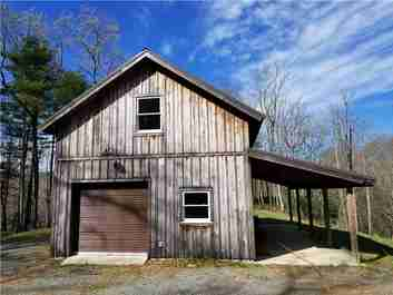 124 Greenbird Trail in Rosman, NC 28772 - MLS# 3473341