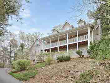 42 Surrey Run in Asheville, North Carolina 28803 - MLS# 3486752