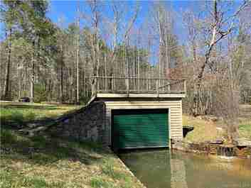 135 Island Point Road #17A/Block F in Lake Toxaway, North Carolina 28747 - MLS# 3487131