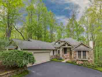 113 Little Cherokee Ridge in Hendersonville, NC 28739 - MLS# 3488294