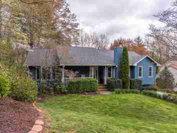 12 South Oaks Circle in Asheville, NC 28806 - MLS# 3496576
