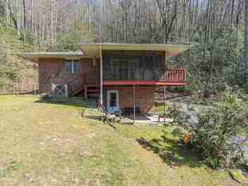 190 Pisgah Shadows Road in Hendersonville, North Carolina 28739 - MLS# 3497982