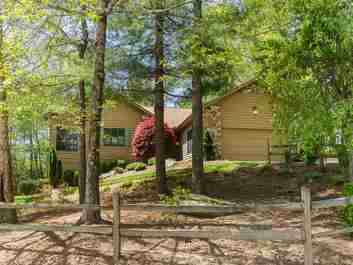 11 Ben Hogan Drive in Hendersonville, North Carolina 28739 - MLS# 3500523